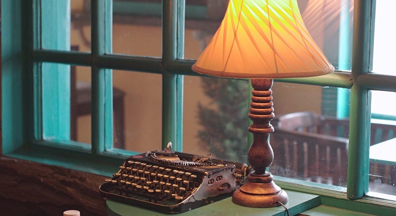 Copywriter Portfolio Examples: 10 Best Examples (Sep, 2019)